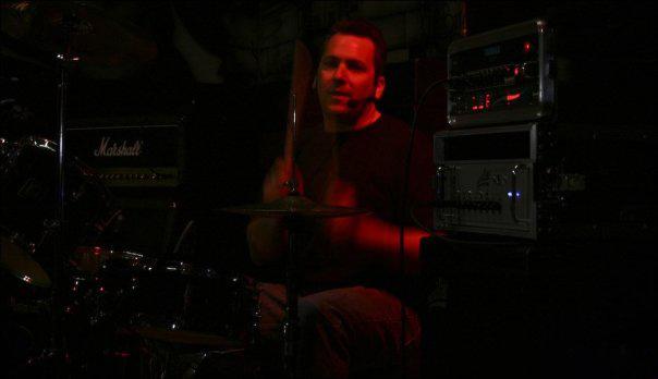 redlight-drummer